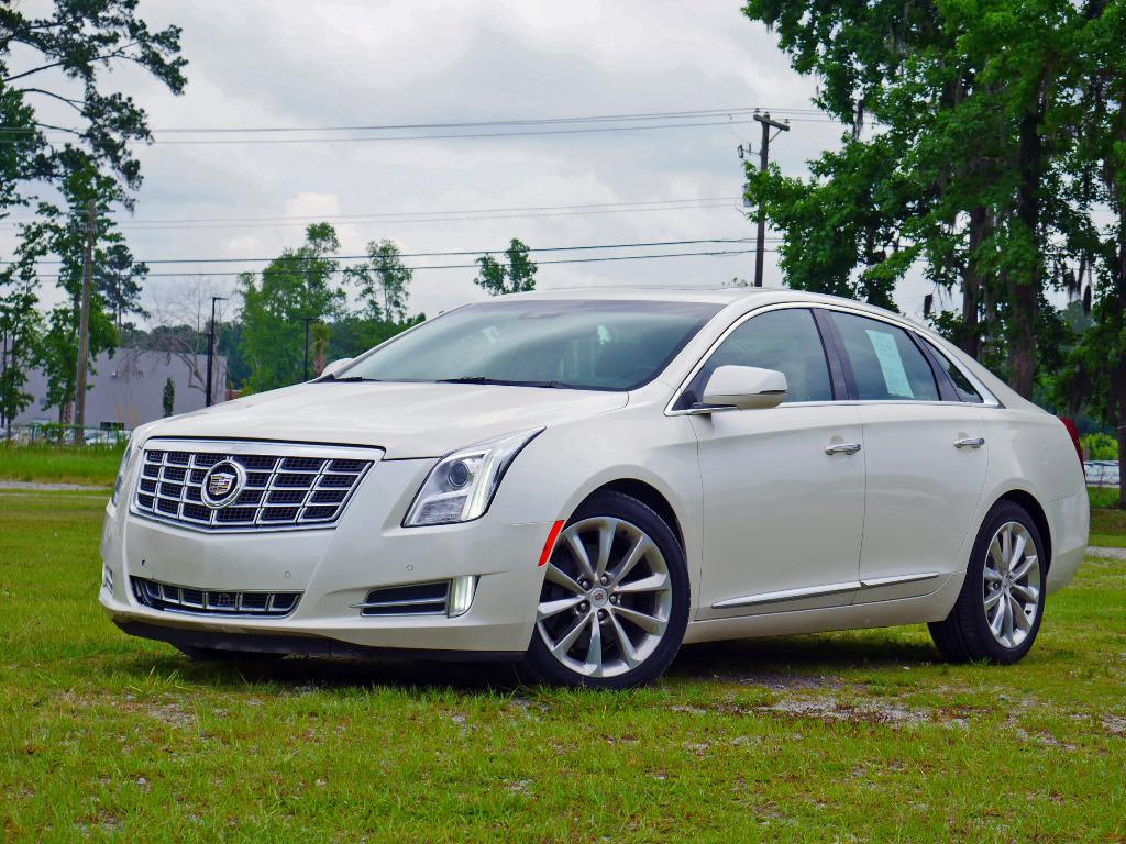 2013 Cadillac XTS - 1296 | Auto Genius USA | Used Cars For Sale ...